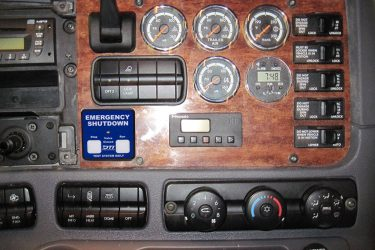 Freightliner Cummins ISL Dash Control Installation