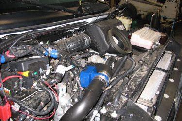 GMC C5500 Valve Installation Engine View