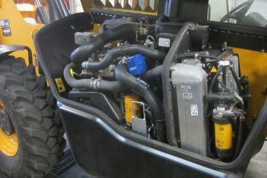 JCB 509-42 Loadall Valve Installation Engine View