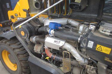 JCB 525-60 Loadall Valve Installation Engine View