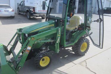 John Deere 1023E Tractor