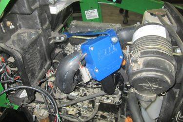 John Deere 1023E Tractor Valve Installation Engine View