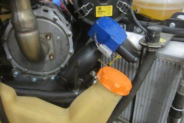 John Deere 333E Skidsteer Valve Installation Engine View