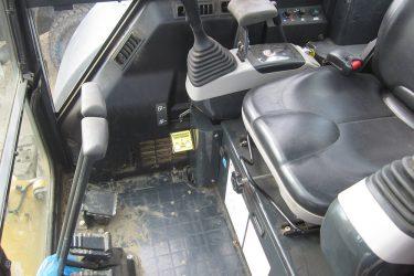 Komatsu PC55MR-3 Excavator Dash Control Installation