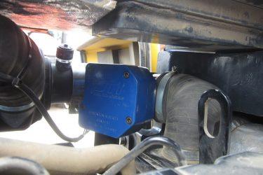 Komatsu PC55MR-3 Excavator Valve Installation