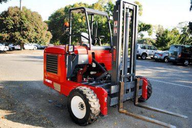 Moffett M8 Forklift