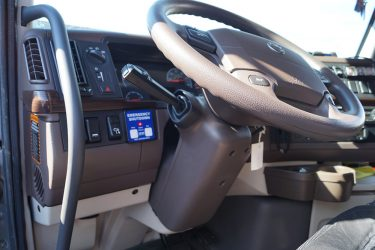 Volvo D16 Dash Control Installation